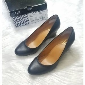 Faux Black leather wedges size 7